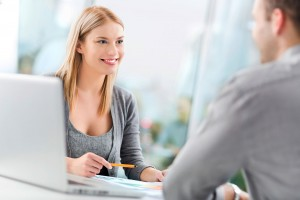 Mitarbeitergespräche und Leistungsbeurteilungen einfach verwalten